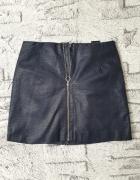 Obcisła spódnica skórzana z suwakiem h&m 38