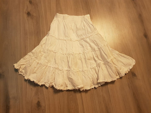 Biała długa spódnica dla dziewczynki 110 cm w Sukienki i