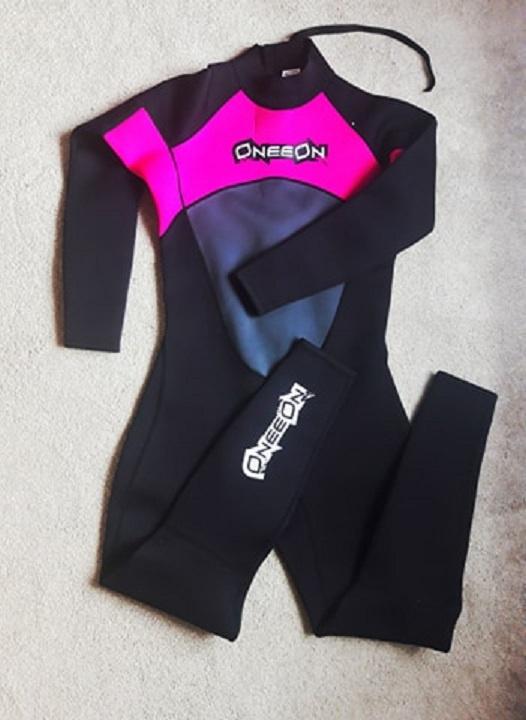 Pianka do nurkowania nowa różowo czarna 42 44 XL XXl rozciągliwa