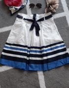 spódnica rozmiar M w pasy dodatkowo pasek...