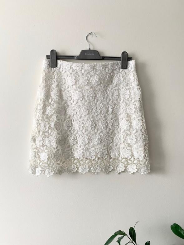 Mint&Berry koronkowa spódnica biała gipiura L