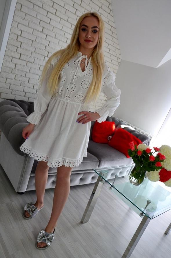 Suknie i sukienki Biała boho sukienka