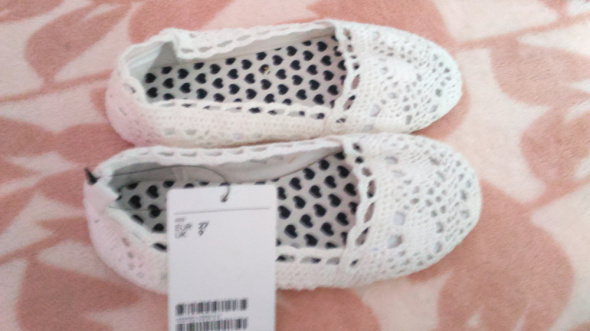 H&M buty koronkowe biale nowe 27