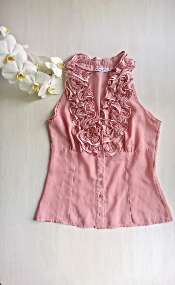 Bluzki Elegancka bluzka z falbanką pudrowy róż