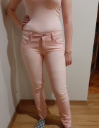 Spodnie różowe esmara L...