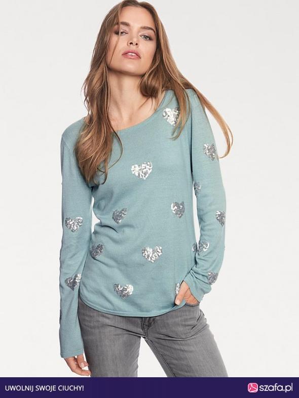 Sweter cekinowe serca
