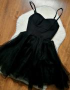 Czarna sukienka princessa