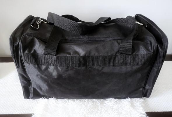 Duża torba sportowa podróżna czarna