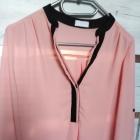 elegancka lekka zwiewna pudrowa koszula bluzeczka M