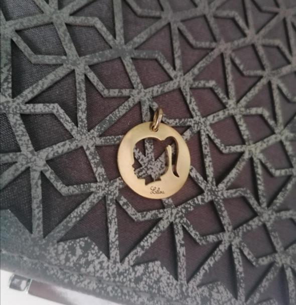 Lilou medalion dziewczynka zawieszka