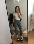 materiałowe spodnie we wzory rozmiar xs czarno białe...