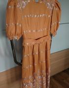 Karmelowa suknia w rozmiarze S...