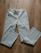Spodnie damskie beżowe w rozmiarze 40...