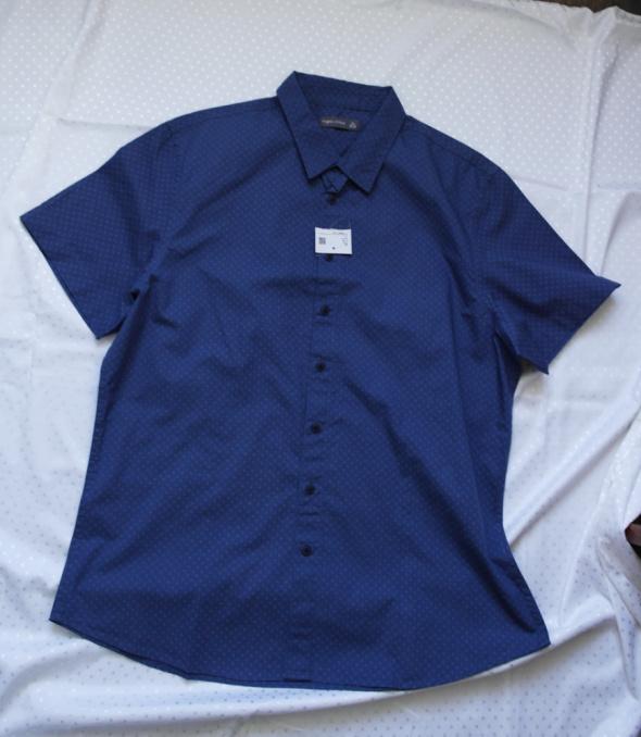 Nowa koszulka męska 43 44
