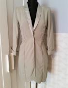 Pastelowa elegancka sukienka z wieloma możliwościami upięcia As...