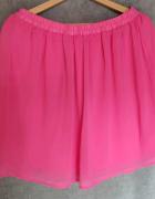 Różowa spódnica z podszewką Sinsay...