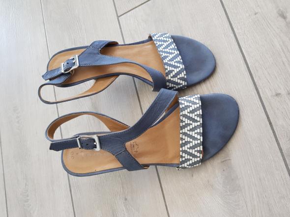 Sandały Eleganckie skórzane sandały Zych Staszewski rozm 36