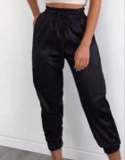 Spodnie czarne joggery nowe rozmiar L...