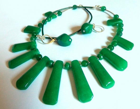 Zielony jadeit chiński efektowny zestaw biżuterii srebro
