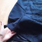 Granatowa spódnica z haftem