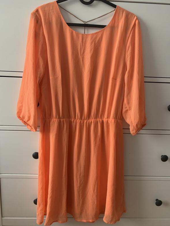Przewiewna sukienka L