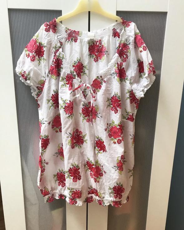 Bluzka w kwiaty 5XL