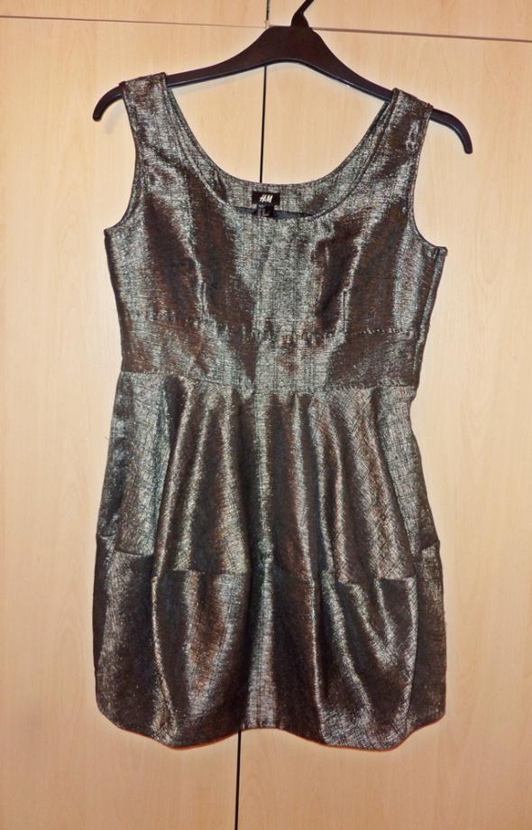 sukienka biust 90