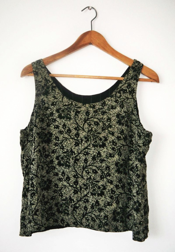 Beżowa bluzka floral we wzory czarne kwiaty retro vintage