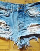 34 XS BERSHKA krotkie sexy spodenki jeansowe dzinsowe...