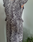 sukienka z falbanką 40