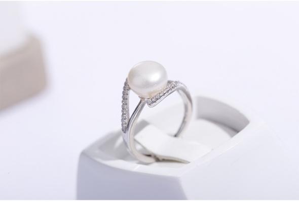 Nowy srebrny pierścionek biała perła z perłą srebro 925 pozłacany