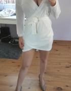 Biała sukienka sweterek...