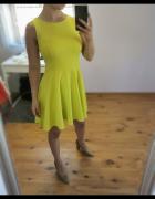 Oliwkowa sukienka...