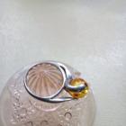 Srebro pierścionek z miodowym bursztynem