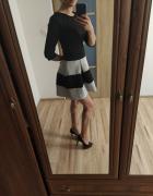 Sukienka rozkloszowana 36...