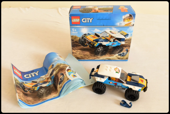 LEGO CITY 60218 pustynna wyścigówka