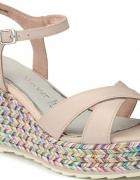 Marco Tozzi sandały...