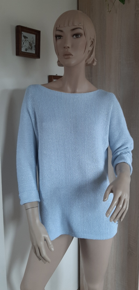 Sweter Baby Blue