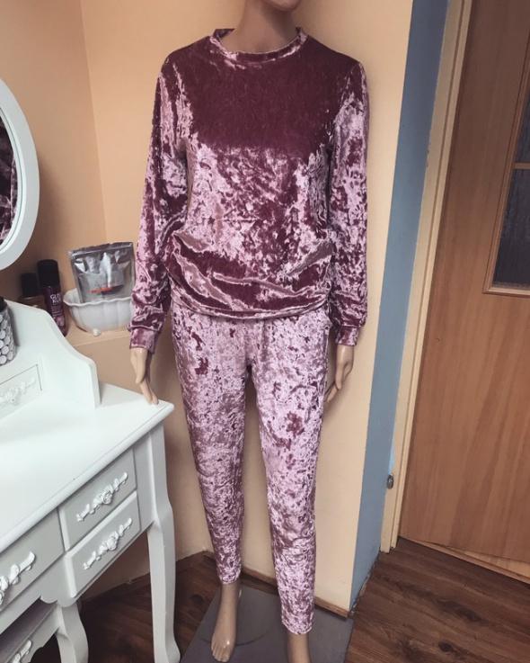Welurowy różowa dres S M