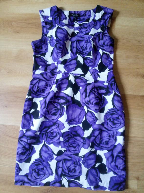 Sukienka ołówkowa w róże 38 plus druga Gratis...