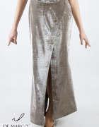 Ekskluzywna sukienka srebrna o długości maksi De Marco...
