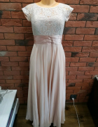 Długa suknia z krótkim rękawem