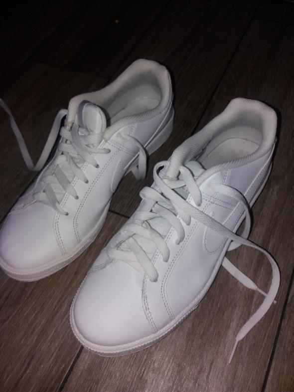 Buty Nike...