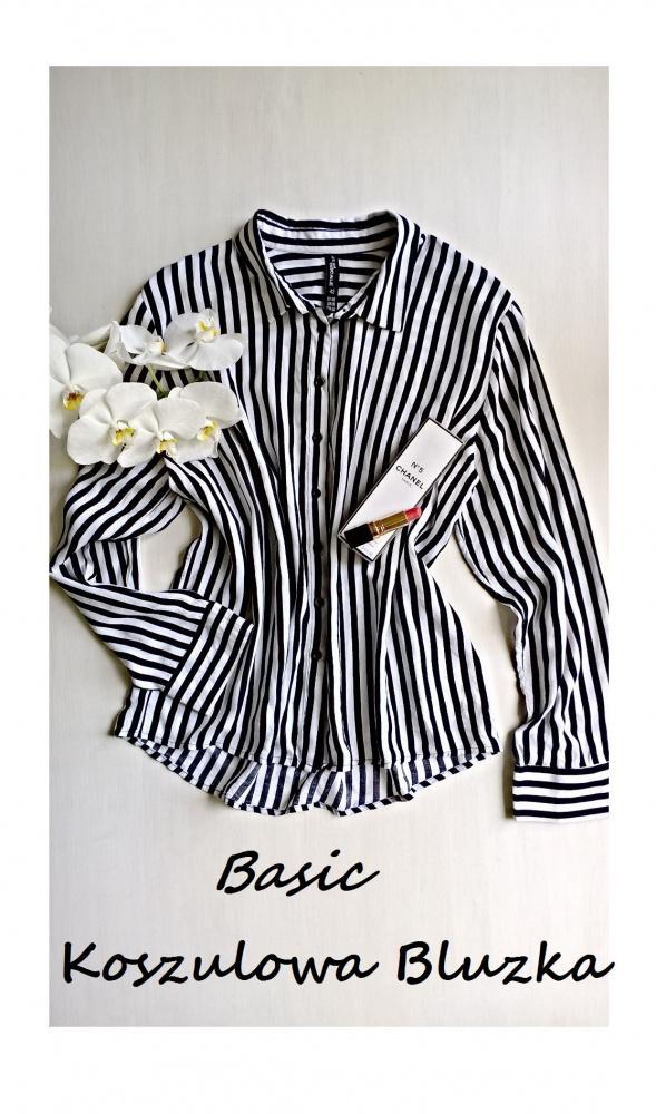 Koszulowa bluzka BASIC w paski wiskoza minimalizm...