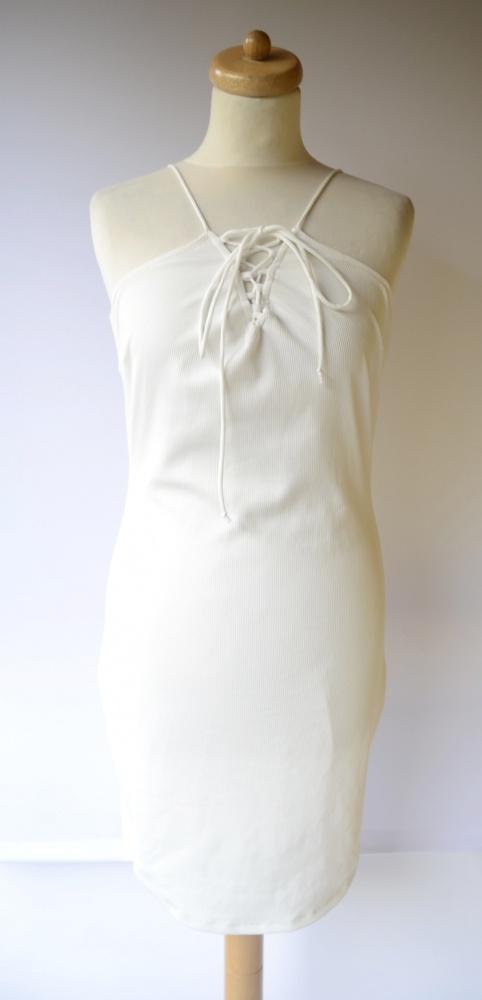 Sukienka Biała Gina Tricot L 40 Prążki Wiązanie...
