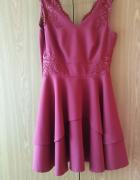 Piękna bordowa sukienka...