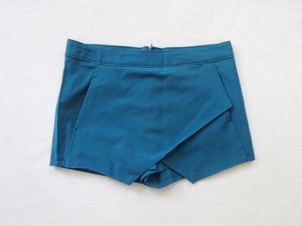 Terranova krótkie spodenki spódniczka spódniczko spodenki 38 M