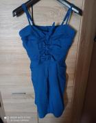 Niebieska sukienka wieczorowa...