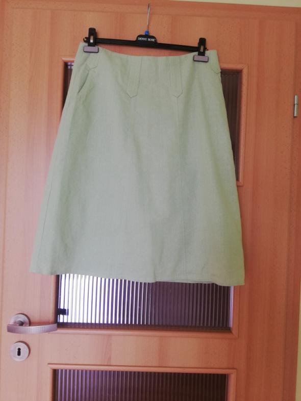 miętowa spodniczka