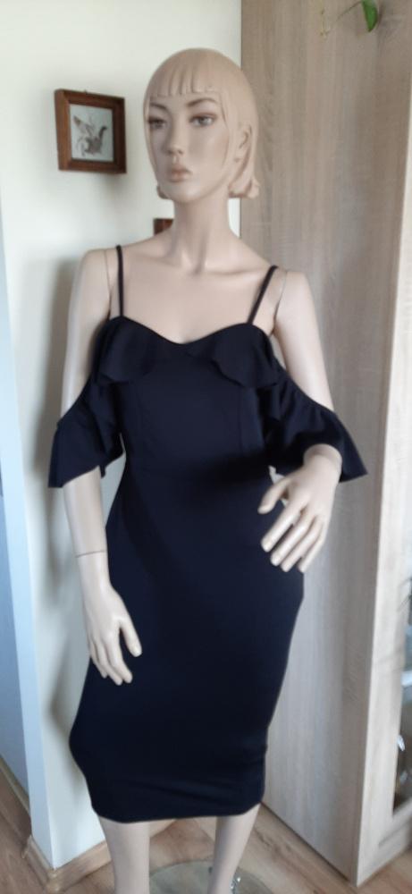 Sukienka w stylu Carmen